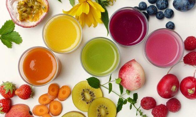 Zdravé drinky plné živin, které posilní naši imunitu